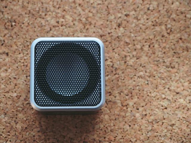 Wie Sie bei Präsentationen über HDMI den Ton über Bluetooth-Boxen ausgeben können